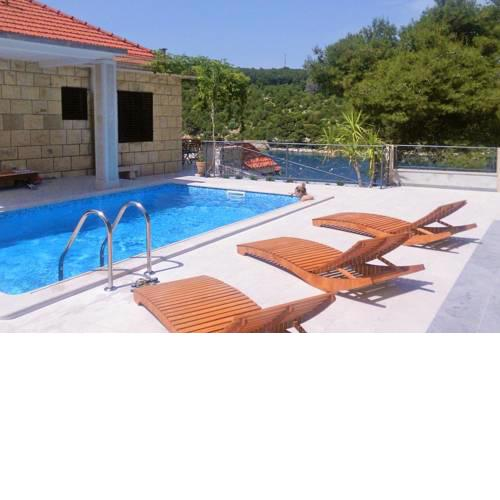 Seaside family friendly house with a swimming pool Puntinak (Brac) - 767