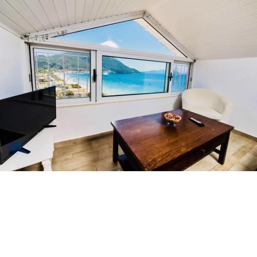 Seaview Traditional Attic