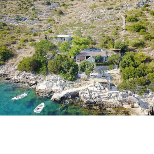 Secluded fisherman's cottage Cove Spiljice (Brac) - 17031