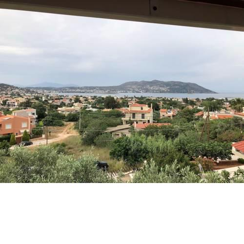 Small house great view in Porto-Rafti gulf