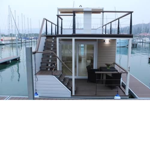 Stella blue Floating House