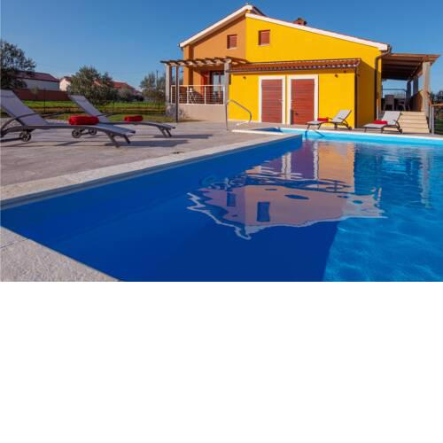Stunning home in Marcana w/ Outdoor swimming pool, WiFi and 2 Bedrooms
