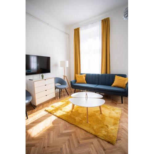 Stylish 3-room Apartment in the Heart of the City Center