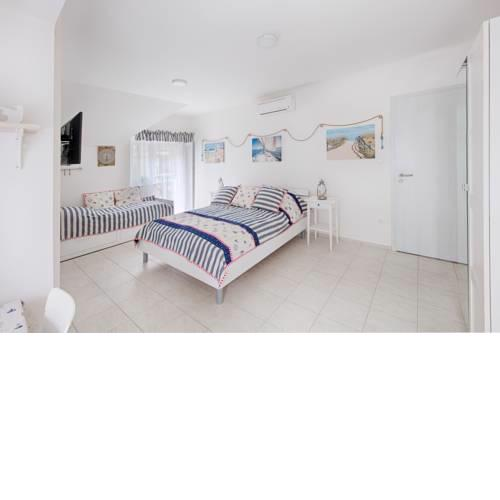 TópART Apartman and Home