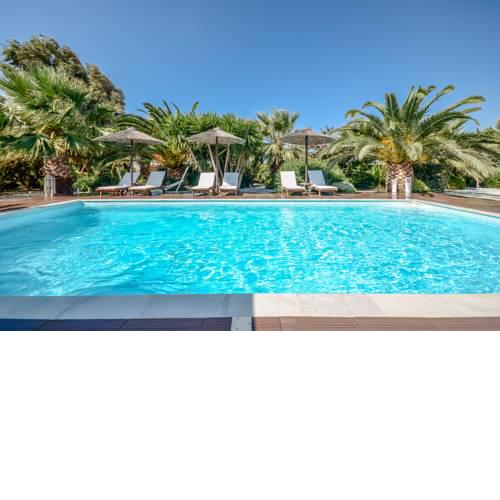 Valena Mare Suites & Apartments