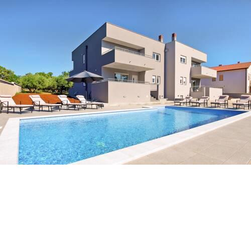 Veli Vrh Villa Sleeps 8 with Pool and Air Con