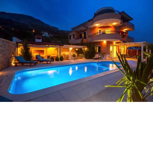 Villa ANITA with private pool, gym, 6 bedrooms, sea view