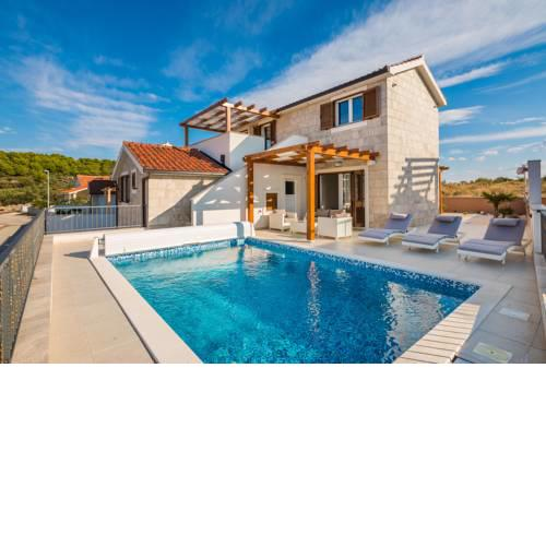 Villa Diomedes with the sea view and the pool