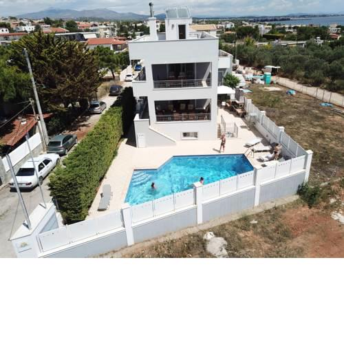 Villa d'Irene-near athens airport , 200 meters from the beach davis