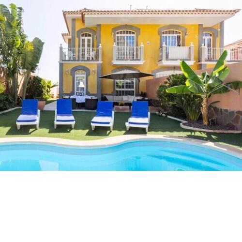VILLA ENCANTO Heated Pool, Garden&Bbq, Panoramic View !