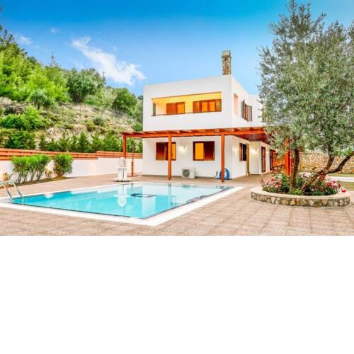 Villa in Vlicha Sleeps 6 with Pool Air Con and WiFi