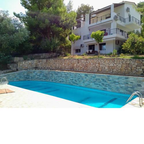 Villa Mc Arthur (Pool, View, Internet, Barbeque)