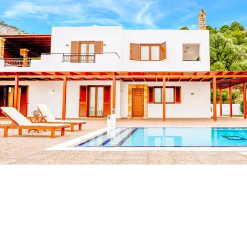 Vlicha Villa Sleeps 6 with Pool Air Con and WiFi