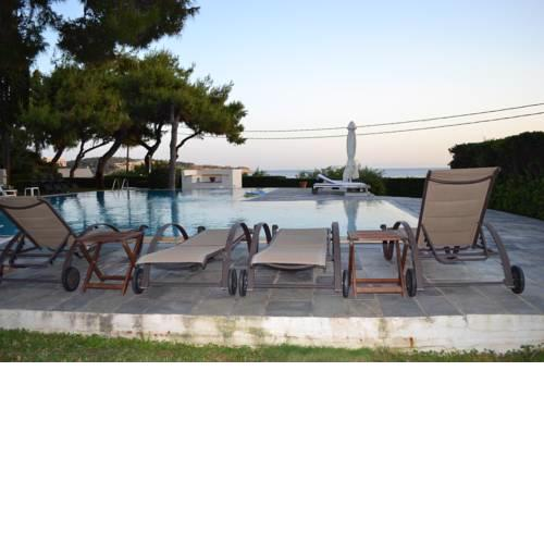 Vouliagmeni Villa beach front /4 Seasons Coastline