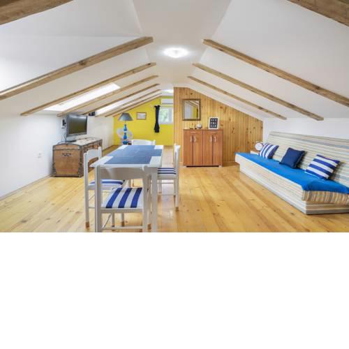 Zoky Cozy Attic